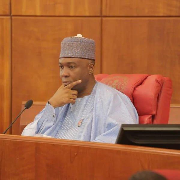 Senate postpones passage of 2016 budget