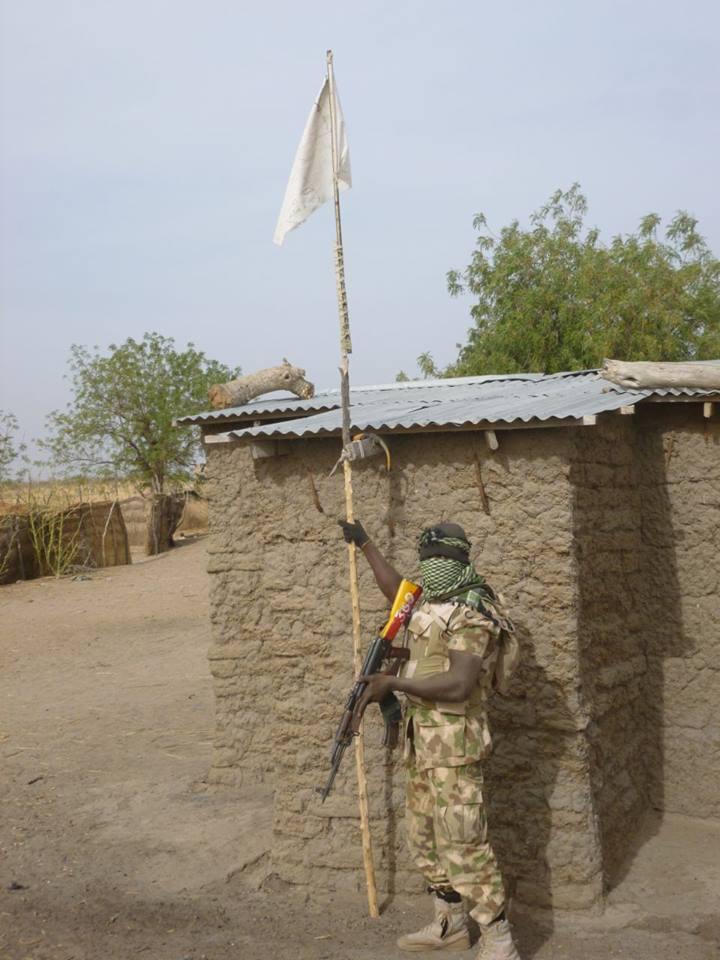 TROOPS CAPTURE 6 TERRORISTS AT BOBOSHE AND KADAWU4