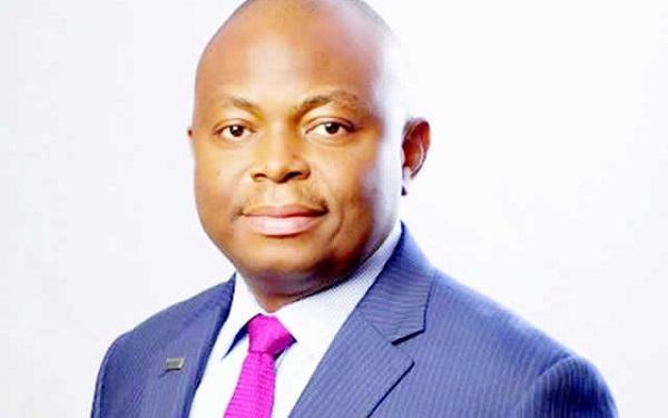 EFCC Releases Fidelity Bank MD, Nnamdi Okonkwo, Traces Cash to NNPC