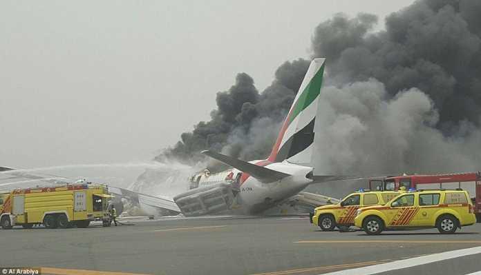 Emirates Passenger Plane Crash Lands at Dubai Airport, 300 On Board