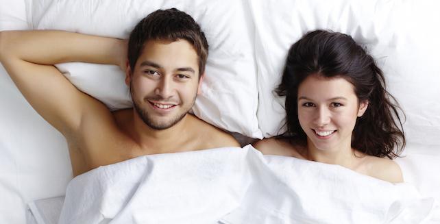 Benefits of Sleeping Naked At Nights