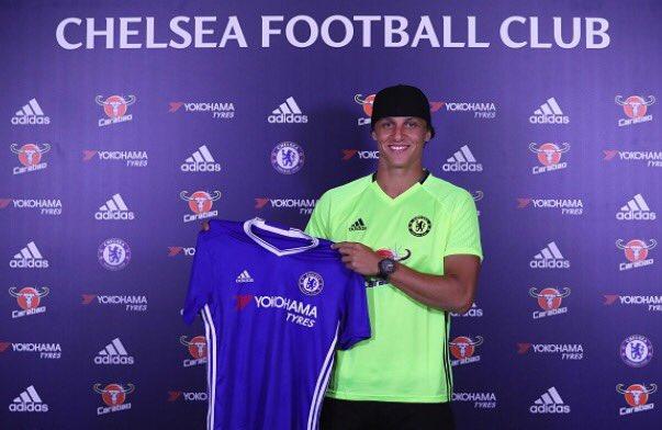 Chelsea Resign David Luiz from PSG for £34m