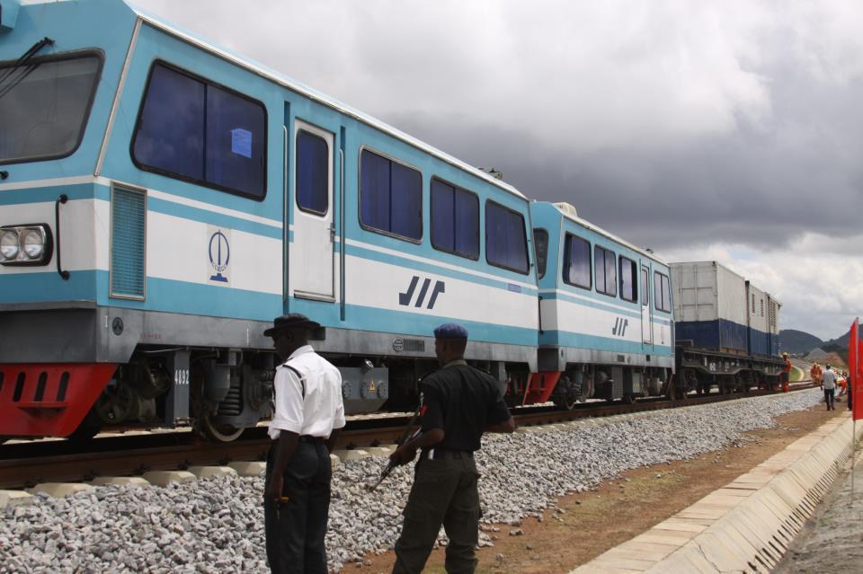 Nigeria Gets $1.5 Billion Chinese Loan For Lagos-Ibadan Rail
