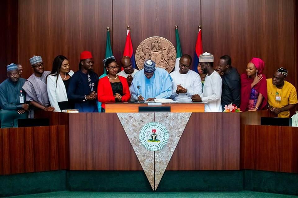 President Muhammadu Buhari Signs 'Not Too Young To Run' bill