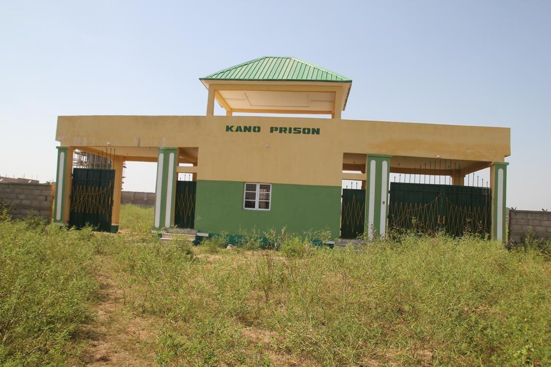 President Buhari Reforming And Decongesting Nigerian Prisons