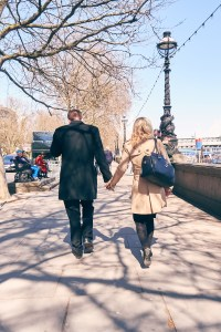 Travel Photographer | Couple at River Thames London England United Kingdom