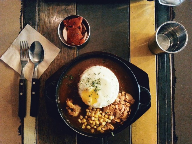 Freelance Travel Writer | What to eat in South Korea: Curry Rice