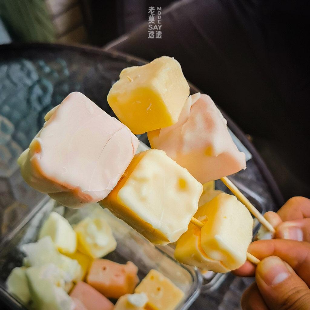 [臺南冰店]50年老店芳苑冰棒.童年會到地下室看製作冰棒.每一口都是回憶