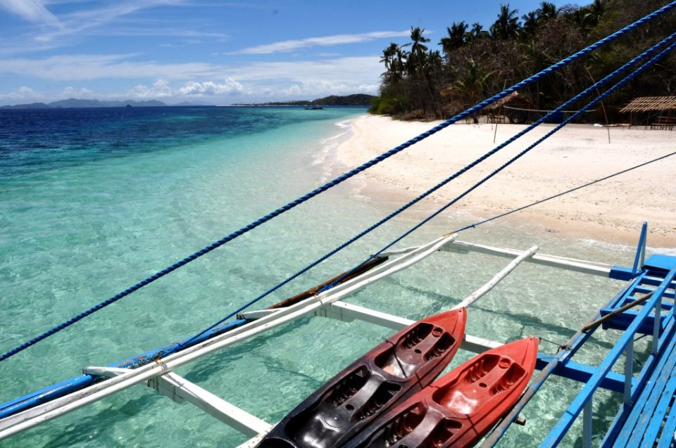 Coron to El Nido boat tour