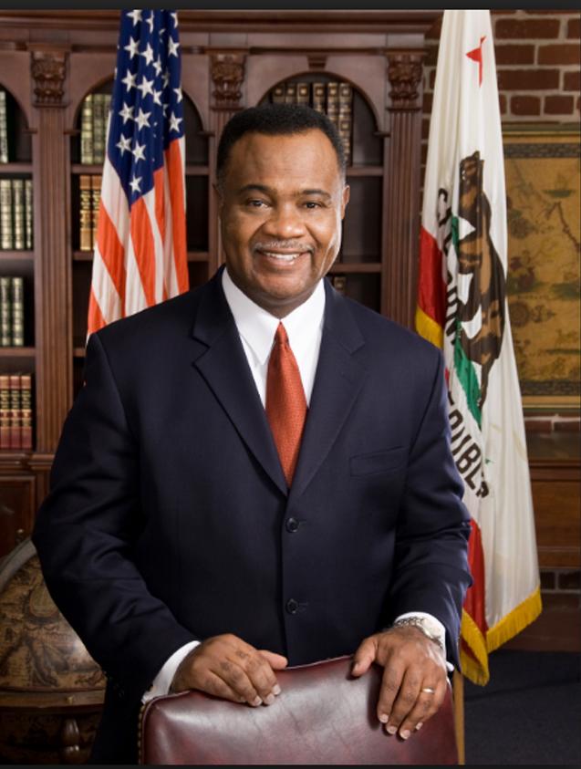 Jerome E Horton