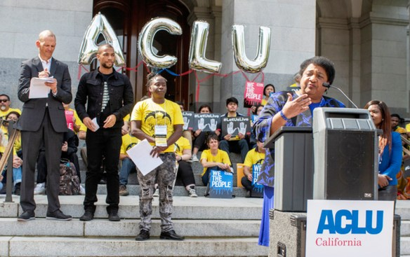 Assemblymember Shirley Weber speaks at a press rally before the police use of force bill AB 392 hearing. Photo by Russell Stiger Jr.