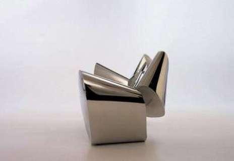 il-divano-in-acciaio-di-draenert.jpg
