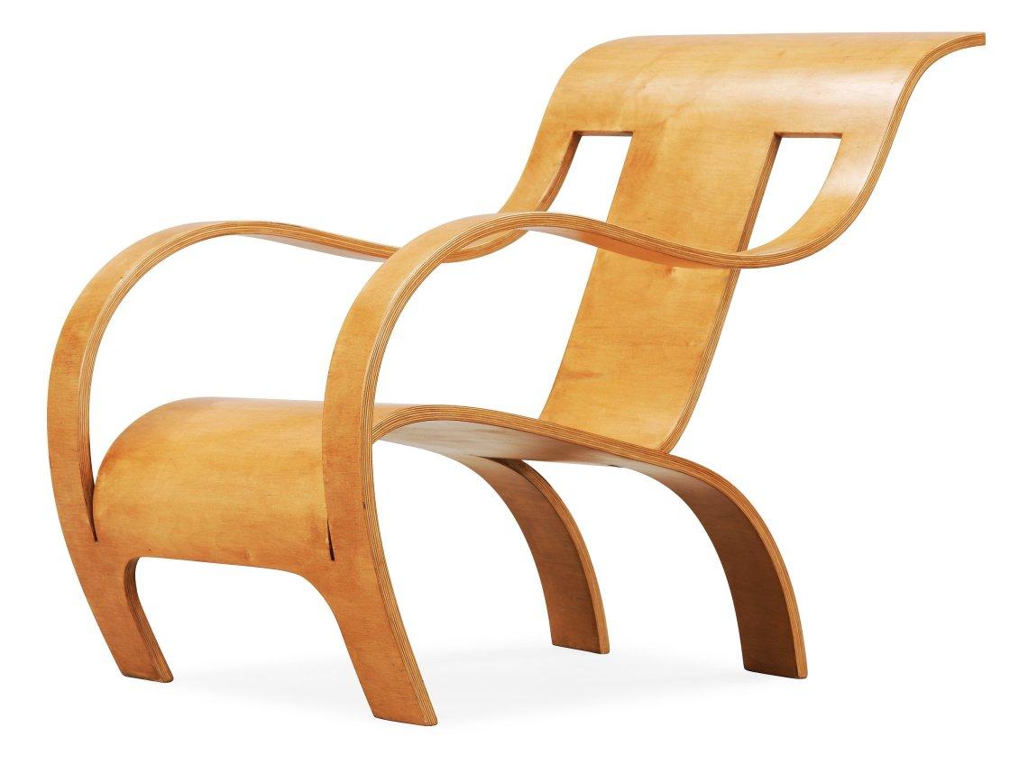 La sedia in legno curvato di Gerald Summers.jpg