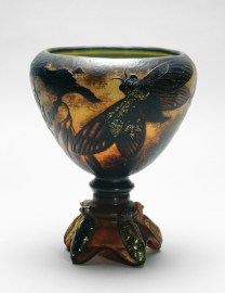 Cut glass with cicada decoration