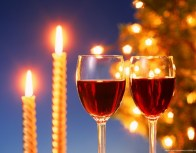 600x470-Christmas-Candles-and-Wine-564138