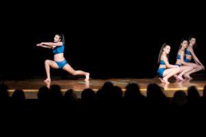 dance2019-10