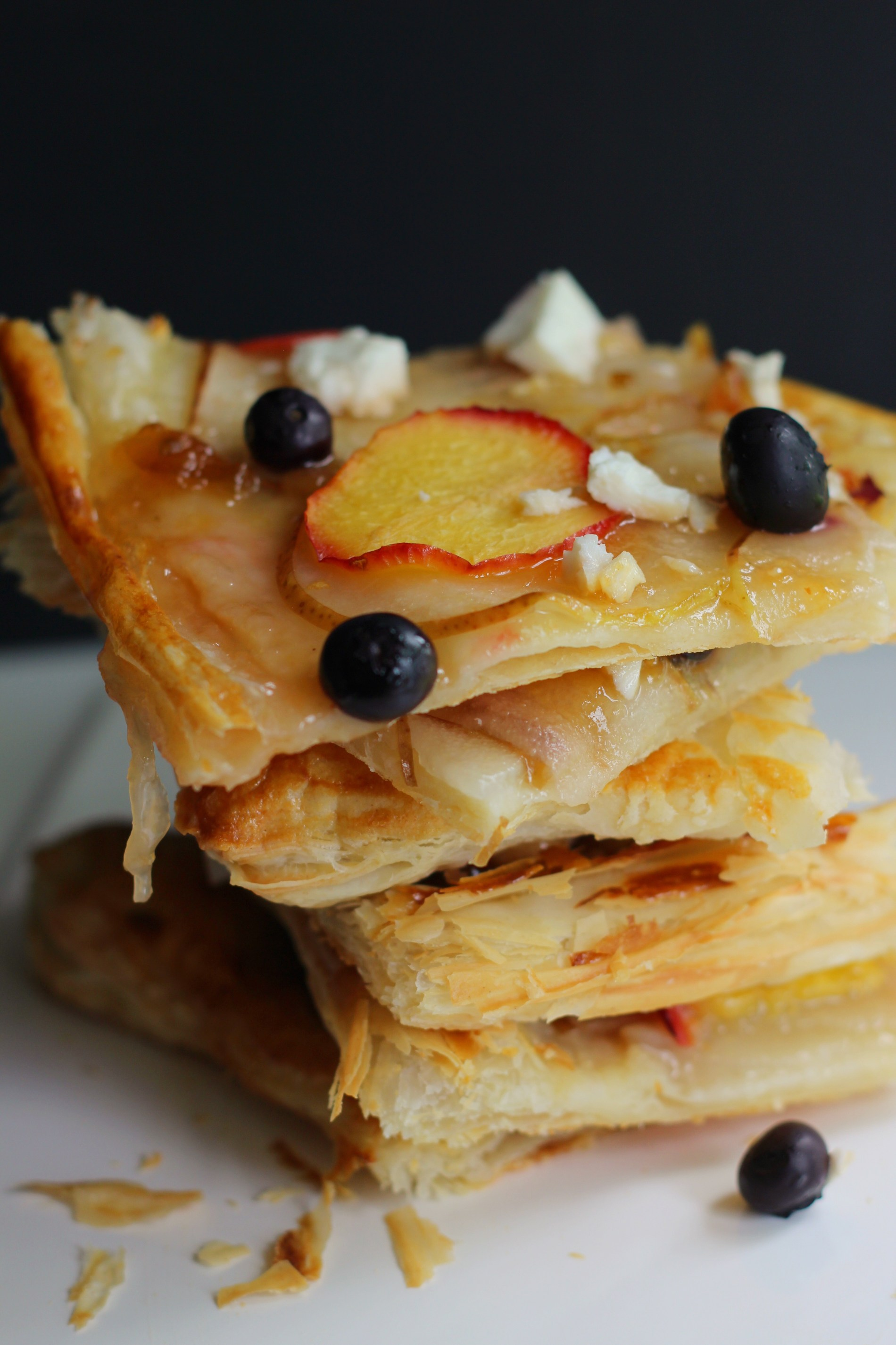 puff pastry fruit tart