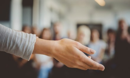 INFORMAÇÃO IMPORTANTE SOBRE ATUAÇÃO PROFISSIONAL NA ÁREA HOLÍSTICA