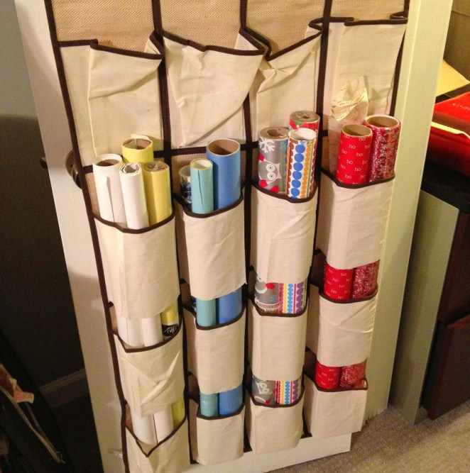 gift-wrap-hanging-caddy-1017x1024
