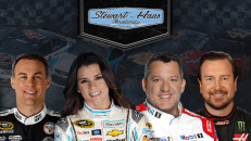 Stewart-Haas Racing team_creative_2016_shr_922x520_newtemplate_png_main