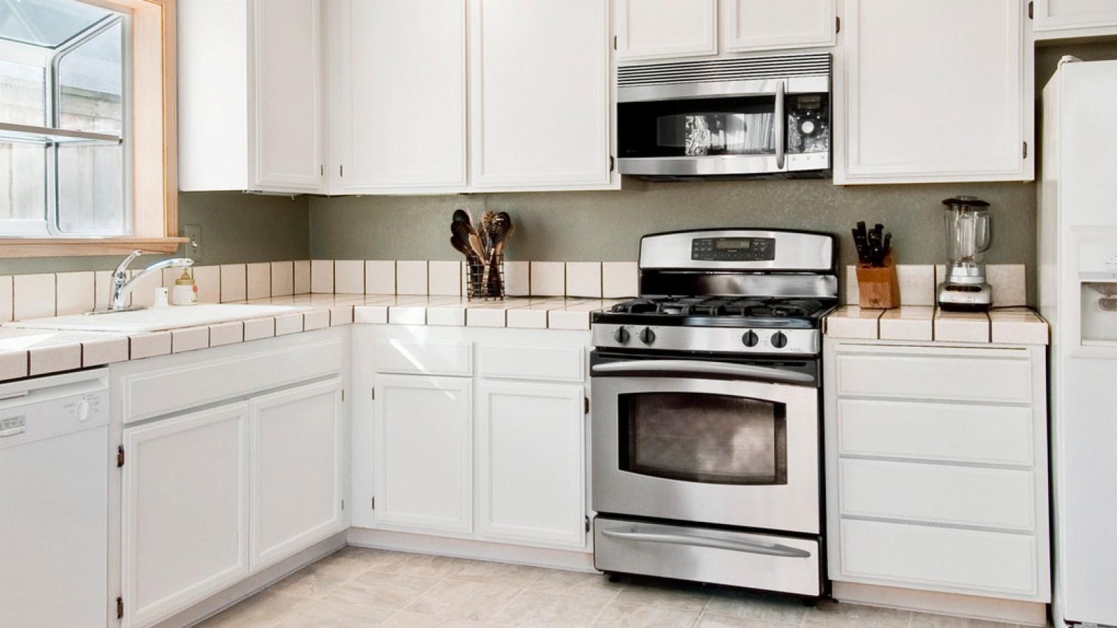 bg-image-kitchen-2