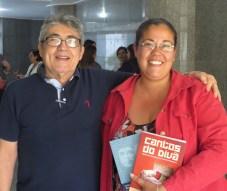 """Lançamento dos livros """"Cantos do Divã"""" e """"O dia em que Che Guevera e Winnicott se encontraram"""" de Sérgio Belmont"""