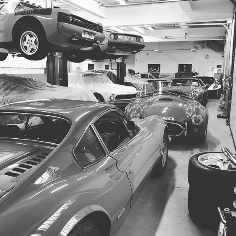 Home time! Two cars in now with American power!#americanmuscle #cobra #427 #mk4 #isorovolta #iso #rivolta #testarossa #360modena #308 #x2 #dino #246 #x2 #pfcoupe #undercover #430gtc #430 #430gt2