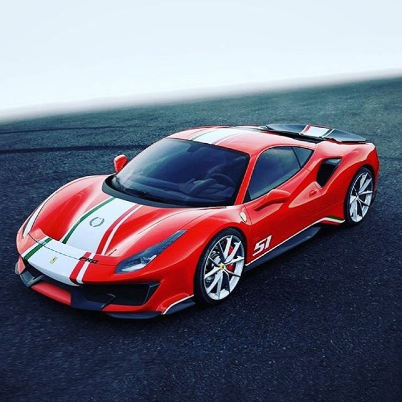 The more we look at this the more we love it #pista #tailormade #ferrari #488