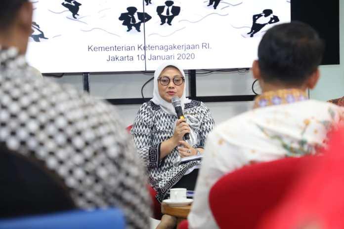 Menaker: SE Penetapan Upah Minimum Tahun 2021 sebagai Jalan Tengah