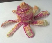 Adorable 3D Octopus - tatted by C.H. - pattern design by Jane Eborall.