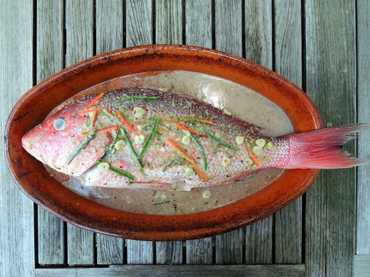 THAI BAKED WHOLE RED SNAPPER WITH GREEN CURRY SAUCE
