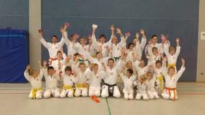 Bilder Zeitung Karate Lehrgang Beelen Dojo Kamakura (7)