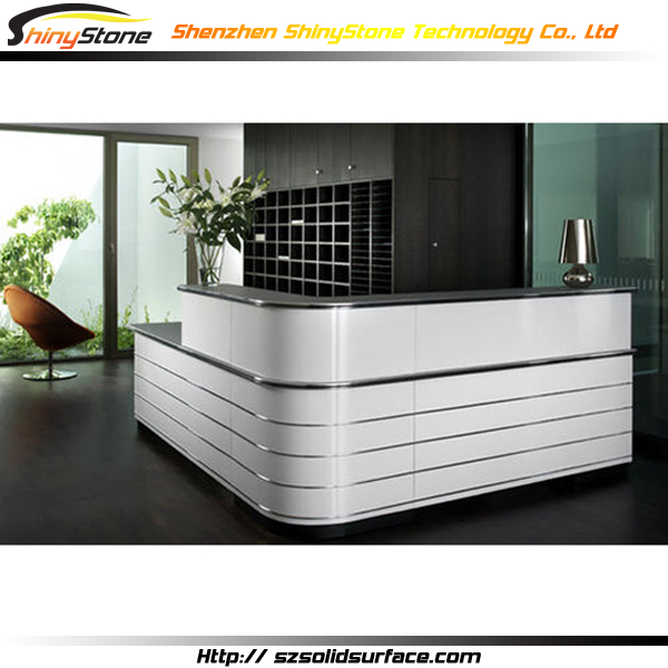 L Shaped Counter Design