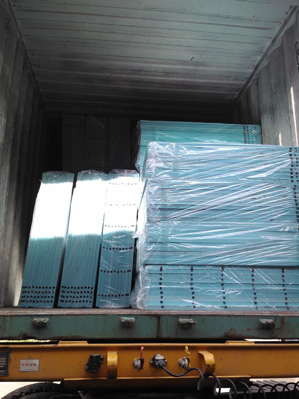medium resolution of hydronic floor heat in concrete flooring insulation board