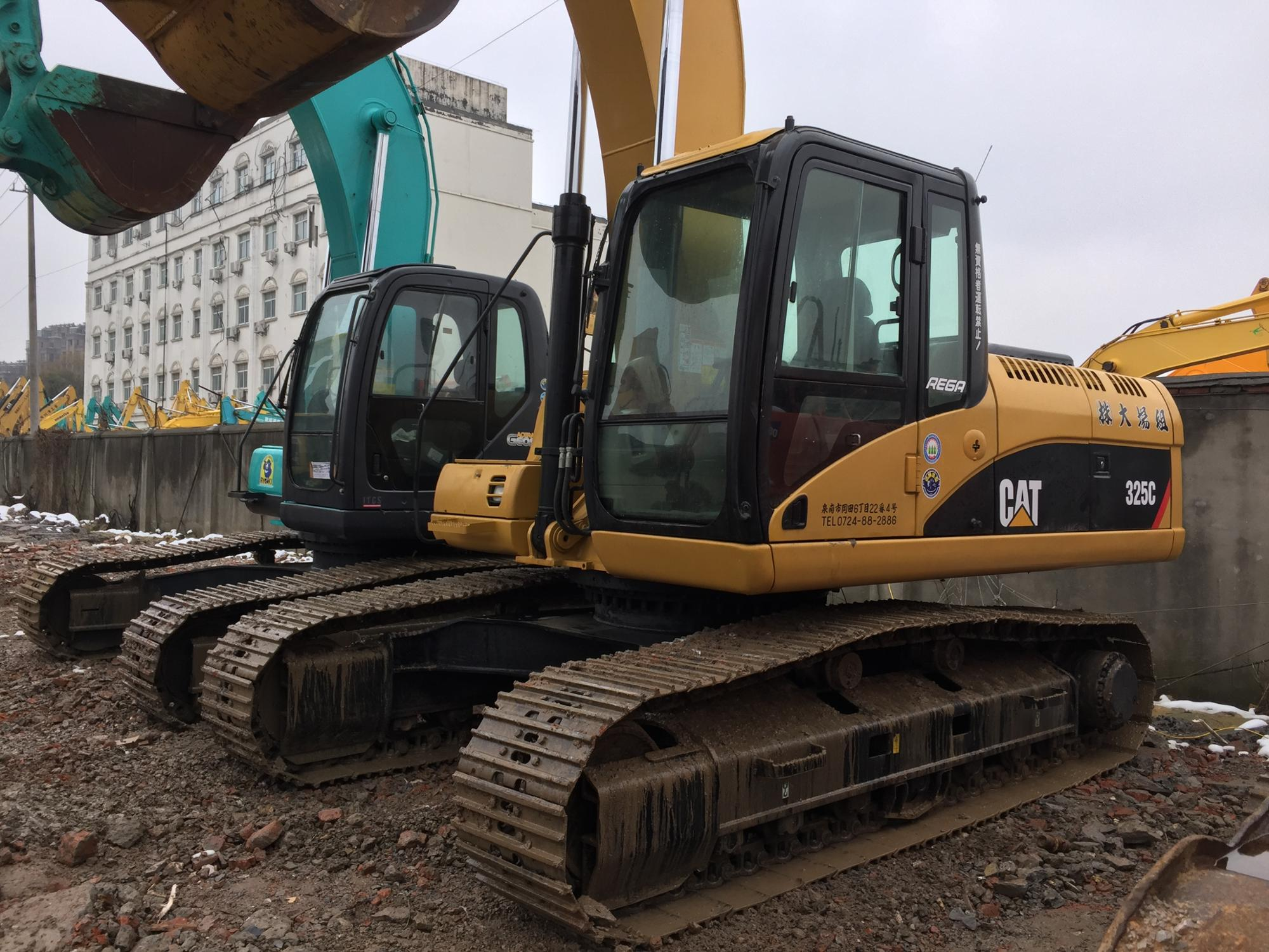 hight resolution of used excavator cat 325c 320c 325b 325c 330b 330d hydraulic digger sale at good price