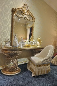 Italian Furniture Vanity Dressing Table Mirror And Chair ...