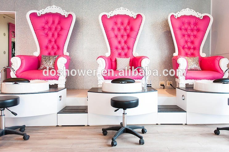Pinky And White Queen Chair Used For Manicure Spa Shop