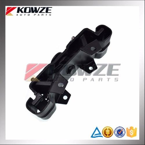 small resolution of insulator mounting transmission manual for mitsubishi l200 triton kb4t kb5t mr992717