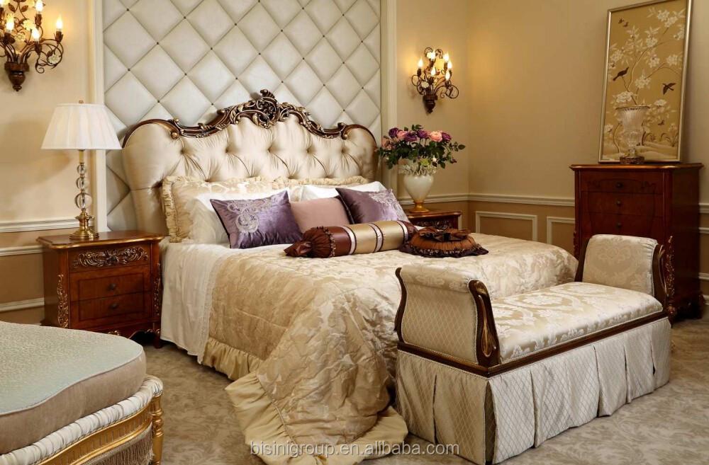 Royal Imperial Golden Dormeuse For BedroomLuxury Elegant Italian Handmade Cozy Tufted Chaise