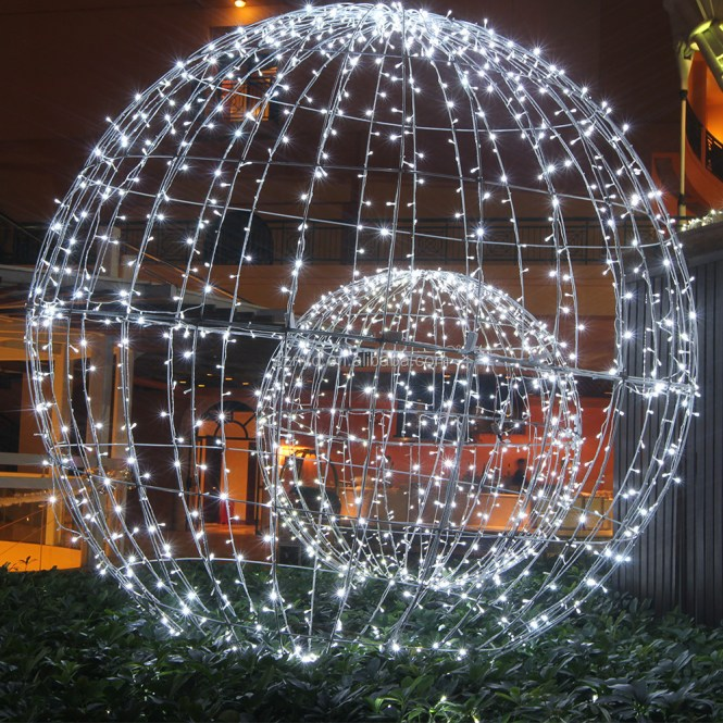 9 Giant Outdoor Christmas Ornaments Merry Large Decorations