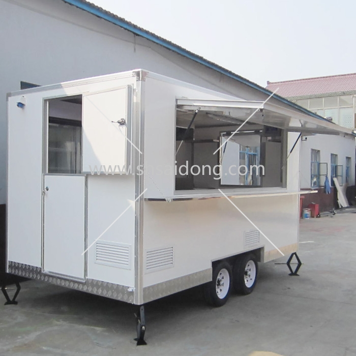 Food Catering Trailermobile Kitchen Truck For Salefood