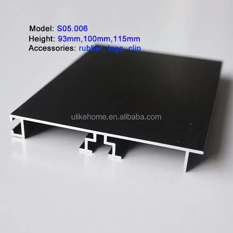 jupe de sol de cuisine en aluminium 2 m accessoire de protection pour meubles avec lumieres led buy plinthe de sol plinthe d armoires de