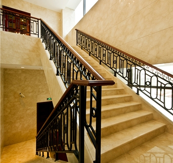 High Quality Metal Stair Stainless Steel Railing Design With | Stair Railing Wood And Steel | Tall Stair | Spiral Stair | Easy Stair | Office Interior Stair | Different Staircase
