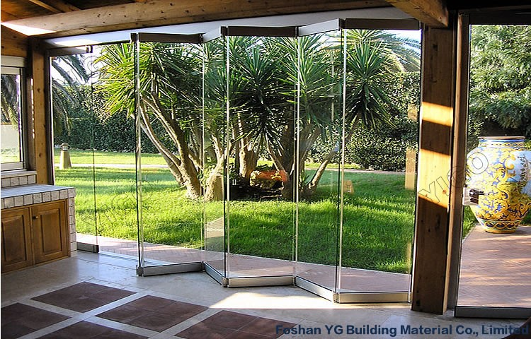 Economic Frameless Folding Door 12mm Glass Door Sliding Bi