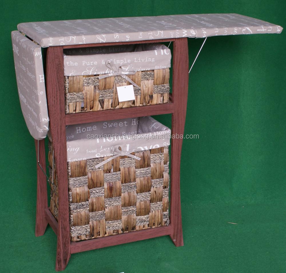 Piccoli mobili mobili in legno con asse da stiro mobili
