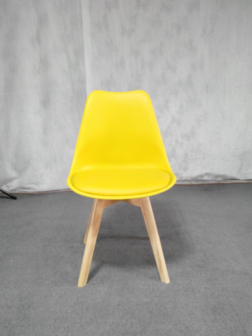 Factory Price Cheap Colorful Modern Plastic Chair Wood