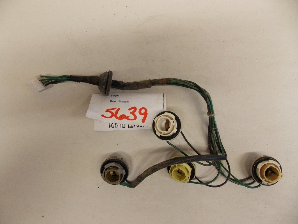 hight resolution of get quotations 00 02 hyundai accent right tail light harness oem 5639