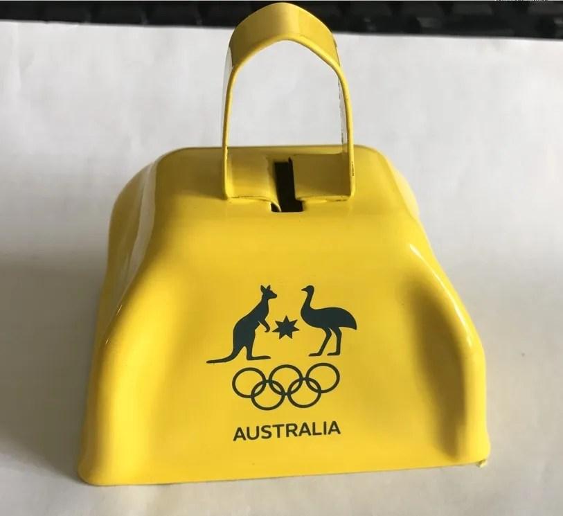 logo personnalise sport en gros jaune fabricant de bruit des cloches a vache buy cloche de vache cloche de vache suisse poignee cloche de vache