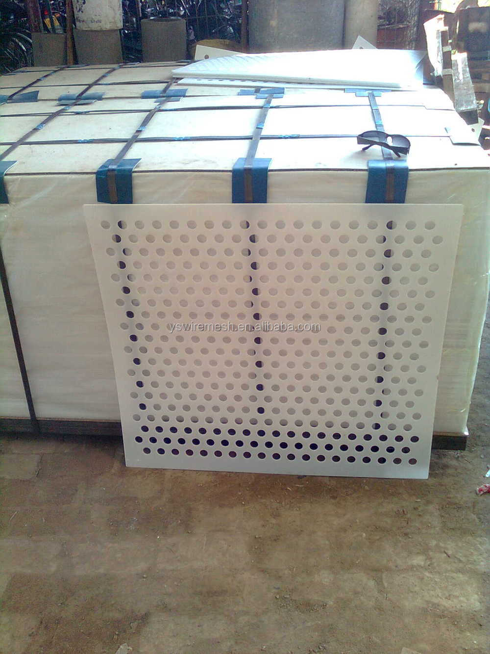 Various Design Of Perforated Wall Panelslotted Mesh Perforated Metaldecorative Perforated