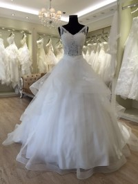 Beautiful Princess V Neck Wedding Dresses In Turkey ...
